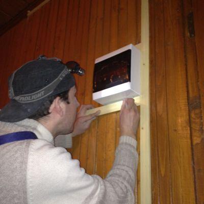 Устройство электрощита в деревянном доме
